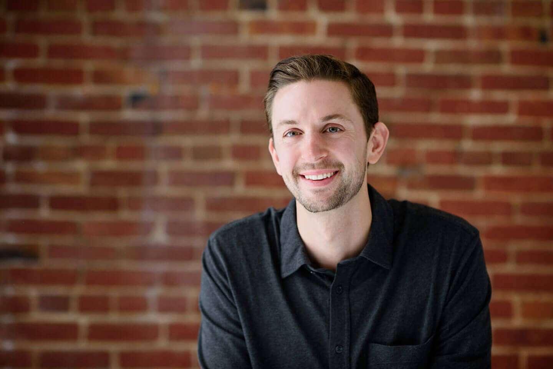 Erik Kriessmann Headshot.jpg